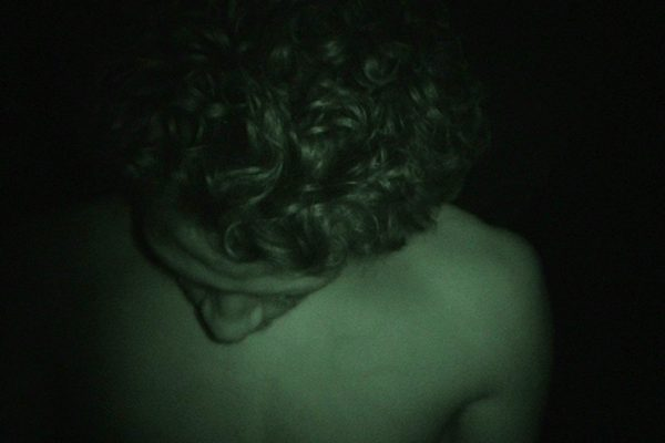 Video_Still_Room_With_No_Echo_Video_2_picture_01